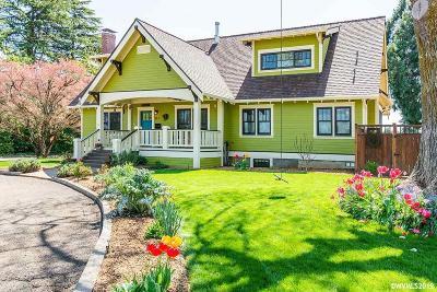 Dallas Single Family Home For Sale: 317 SW Birch St