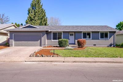 Keizer Single Family Home For Sale: 1427 Jodelle Ct