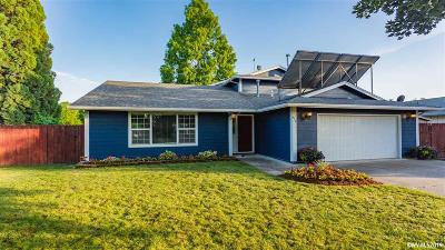 Mt Angel Single Family Home For Sale: 420 S Pershing St