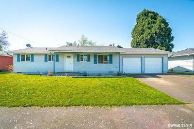 Albany Single Family Home Active Under Contract: 1320 33rd Av