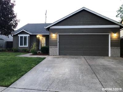 Keizer Single Family Home For Sale: 1427 Trent Av