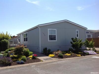 Keizer Manufactured Home For Sale: 1356 Stonefield (#54) Pl #54