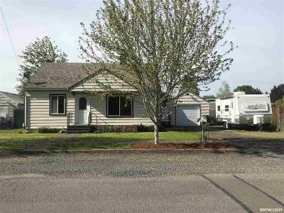 Stayton Single Family Home Active Under Contract: 775 E Virginia St
