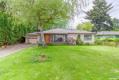 Keizer Single Family Home For Sale: 5025 Robindale Dr