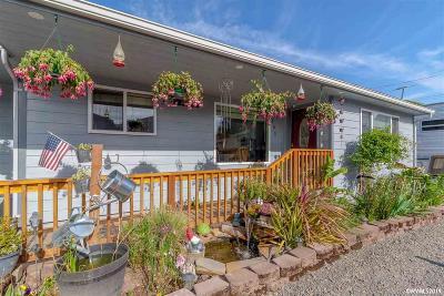 Keizer Single Family Home For Sale: 1103 Alder Dr