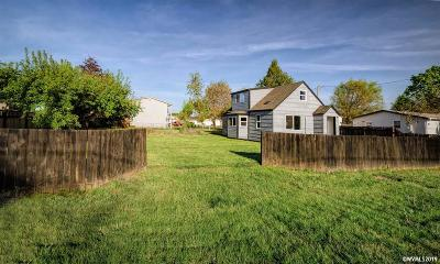 Albany Single Family Home Active Under Contract: 2015 Jackson St