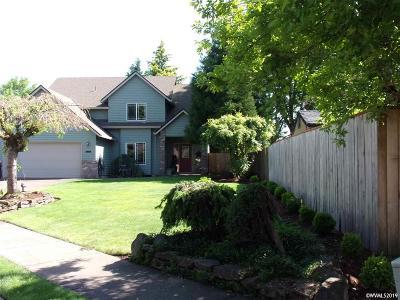 Canby Single Family Home For Sale: 1241 SE 10th Av