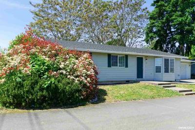 Keizer Single Family Home For Sale: 155 Stark St