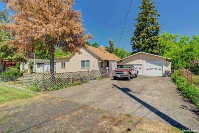 Independence Single Family Home For Sale: 462 Albert St