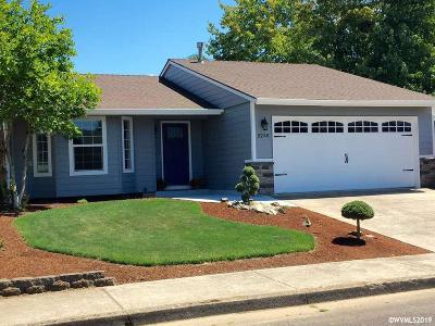 Keizer Single Family Home For Sale: 5248 Lacey Ct