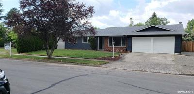 Salem Single Family Home For Sale: 3827 Ivy Wy