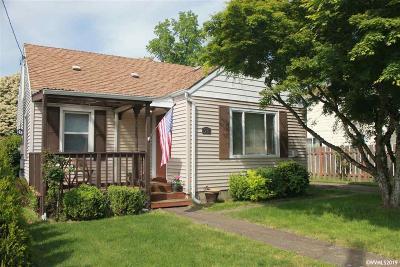 Albany Single Family Home For Sale: 1235 14th Av