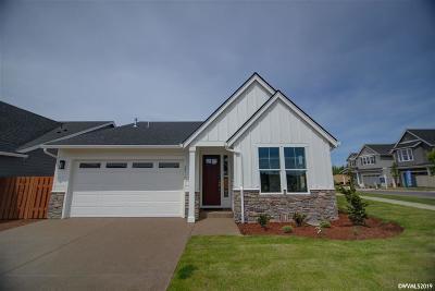 Salem Single Family Home For Sale: 2711 Cherry Blossom Dr