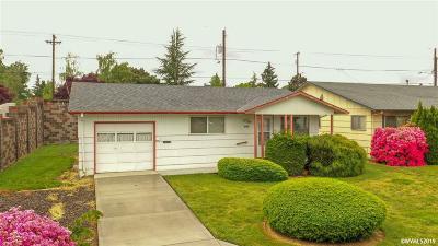 Woodburn Single Family Home For Sale: 2014 Rainier Rd