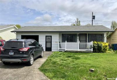 Woodburn Single Family Home For Sale: 1232 Stanfield Rd