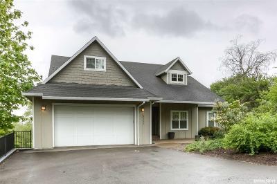 Salem Single Family Home For Sale: 3122 Deering Dr