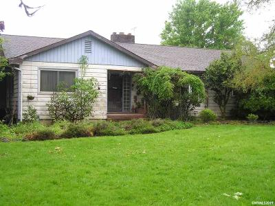 Lebanon Single Family Home Active Under Contract: 35292 Spicer Dr