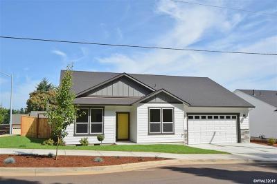 Salem Single Family Home For Sale: 2085 Davis (Lot #20) Rd