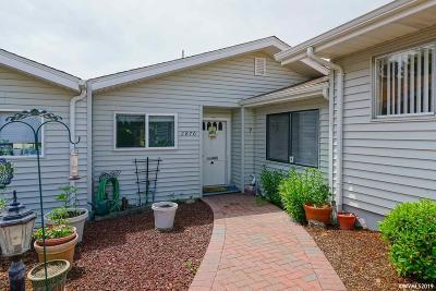 Salem Condo/Townhouse For Sale: 2870 Oakcrest Dr