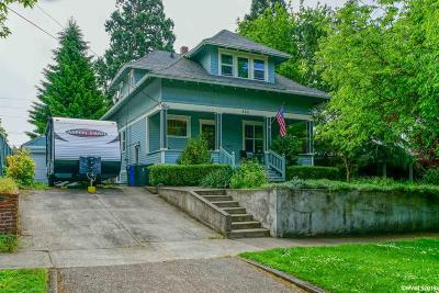 Salem Single Family Home For Sale: 260 15th St