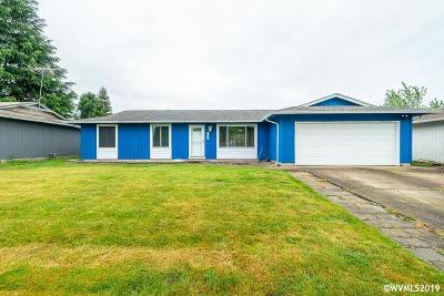 Salem Single Family Home For Sale: 1053 Scepter Wy