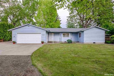 Salem Single Family Home For Sale: 4150 Auburn Rd