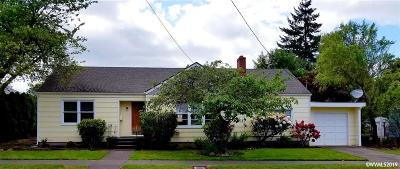 Monmouth Single Family Home For Sale: 230 Catron St