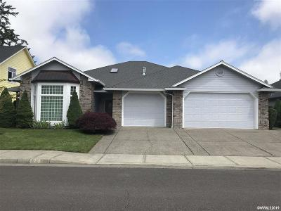 Keizer Single Family Home Active Under Contract: 129 Shyrina Ct