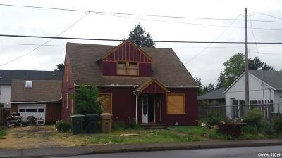 Sweet Home Single Family Home For Sale: 1166 18th Av