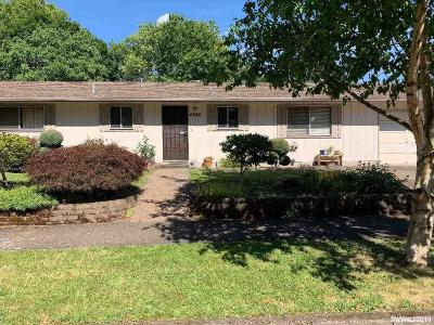 Keizer Single Family Home Active Under Contract: 4898 13th Av