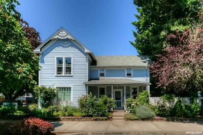 Woodburn Single Family Home For Sale: 573 S Front St