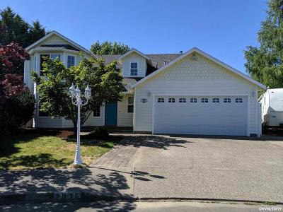 Keizer Single Family Home For Sale: 2035 Heather Stone Ct