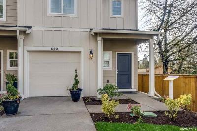 Salem Condo/Townhouse For Sale: 5709 Karen Lynn Lp