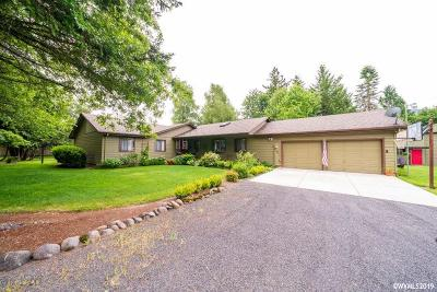 Mill City Single Family Home For Sale: 650 SE Kingwood Av