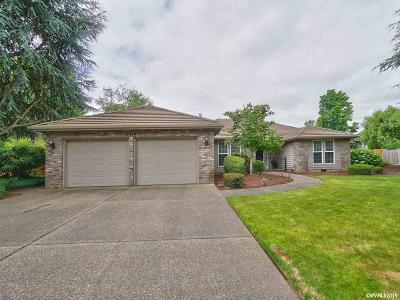 Keizer Single Family Home For Sale: 6049 Crampton Dr