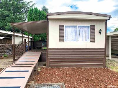 Keizer Manufactured Home For Sale: 5355 River (#39) Rd #39