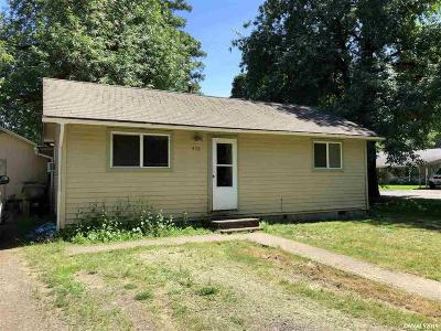 Sweet Home Single Family Home Active Under Contract: 409 16th Av