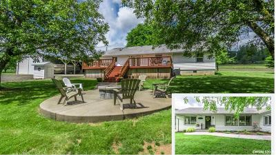 Sweet Home Single Family Home Active Under Contract: 40636 Highway 228