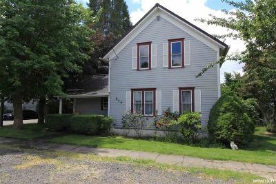 Mt Angel Single Family Home For Sale: 510 Railroad Av