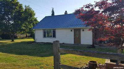 Aumsville Single Family Home For Sale: 11241 Shaff Rd