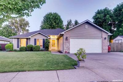 Stayton Single Family Home Active Under Contract: 1066 E Virginia St