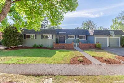 Salem Single Family Home For Sale: 3295 Dogwood Dr