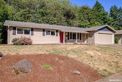 Dallas Single Family Home For Sale: 352 SE Walnut Av