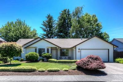 Keizer Single Family Home For Sale: 1324 Golden Ln