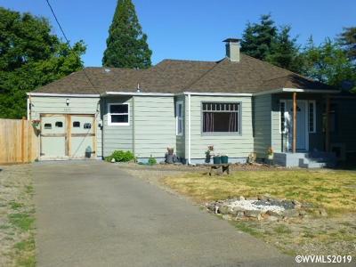 Keizer Single Family Home For Sale: 4633 Lowell Av