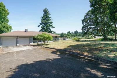 Salem Single Family Home For Sale: 5886 Battle Creek Rd
