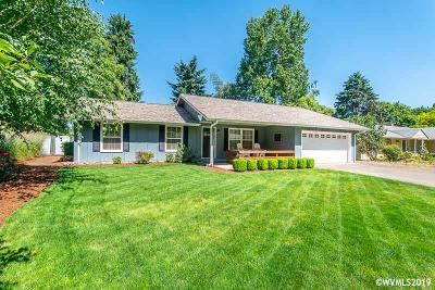 Keizer Single Family Home For Sale: 3797 Hart Dr