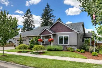 Stayton Single Family Home For Sale: 1005 Highland Dr