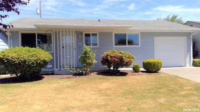 Woodburn Single Family Home For Sale: 1566 Umpqua Rd