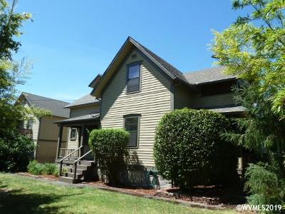 Albany Multi Family Home For Sale: 640 4th (& 409/411 Vine) Av